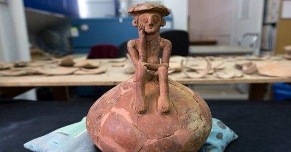 3 800 år gammal skulptur – Tänkaren – hittad